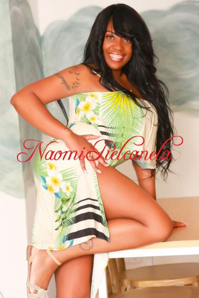 Naomi Piel Canela - Book14 - 03