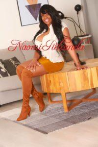 Naomi Piel Canela - Book14 - 05