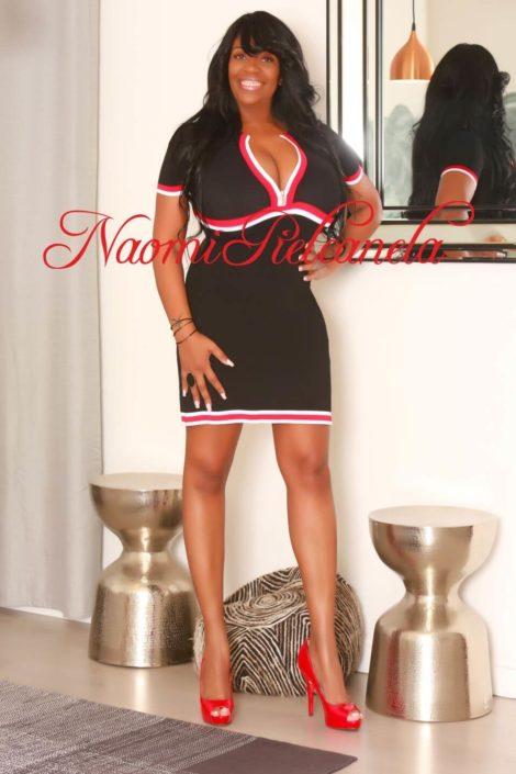 Naomi Piel Canela - Book14 - 06